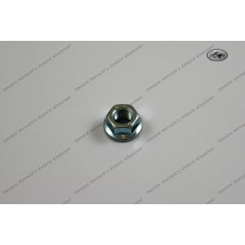 Nut M8 zinc plated for cylinder head