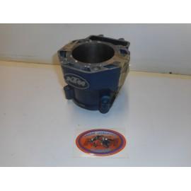 Zylinder 600 LC4