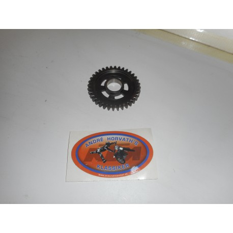 Countershaft Gear 4th 20 teeth