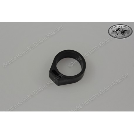 Rubber Bracket for Capacitor